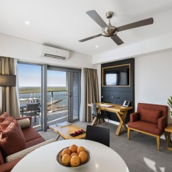 Hotel With Living Room Ideas Grey And Blue Serviced Apartments Darwin At Oaks Elan Modern In 1 Bedroom Apartment Hotels Tv Ceiling Fan