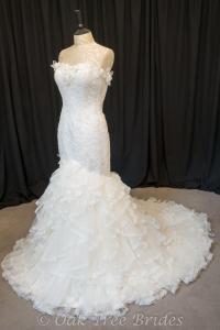 Designer Wedding Dresses Brides - Teenage Lesbians