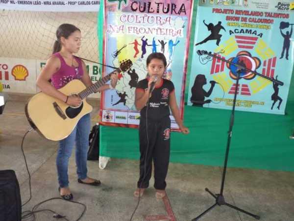 Atividades cultural de 2012 são encerradas na fronteira em