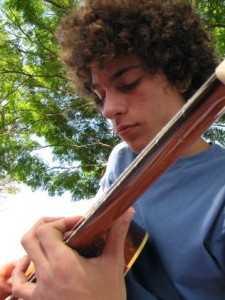 Arthur Paschoali, de 19 anos, está desaparecido desde o dia 21/12 no Peru - Reprodução