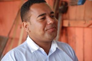 Vereador Joelson Pontes (PP), acompanhou prefeito Everaldo Gomes nas suas ações pela manhã. Foto Assessoria.