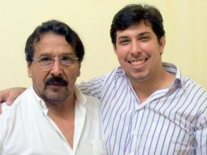 Juan Miguel Lima Calderón, com o pai, Jaime Calderón, médico renomado na medicina acreana