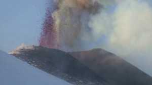 Nova erupção ocorre apenas dez dias após o último registro de atividade do Etna