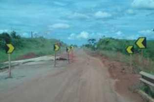 Bueiro debarrancado km 28- Fazenda Nova Esperança