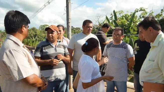 Vereadores de Brasiléia cobram respostas por parte do Órgão responsavel para ponte - Foto: Alexandre Lima