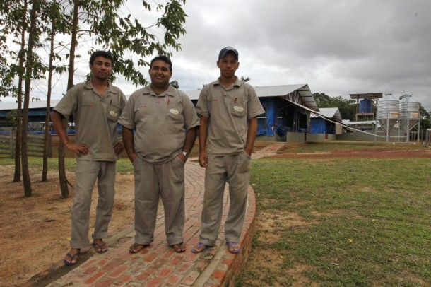 Empresa qualifica e emprega mão de obra local (Foto: Gleilson Miranda/Secom)