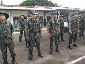 ma equipe de 21 militares do 7º BEC embarca em missão de paz rumo ao Haiti (Foto: Cedida)