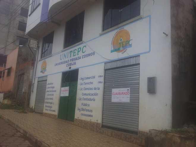Faculdade foi interditada no início do ano porpagar os impostos devidos ao Governo - Foto: celular/cedidas