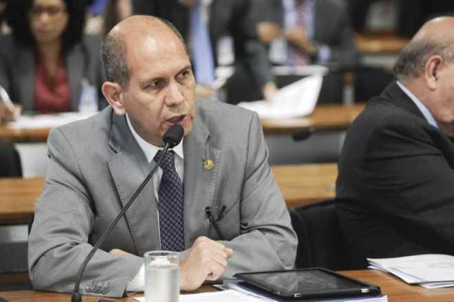 O senador Aníbal pretende ainda que, por meio da universalização, sejam evitadas estratégias usadas por escolas para obter boa avaliação institucional - Foto: Divulgação