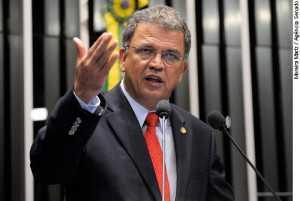 Senador Sergio Petecão (PMN-AC)