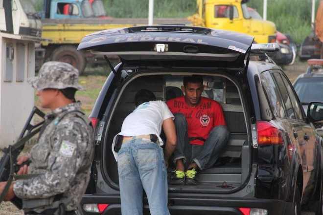 Aurino já foi preso por oito assaltos, três homicídios e porte ilegal de armas, e conseguiu fugir do presídio do estado de Minas Gerais - Foto: Alexandre Lima