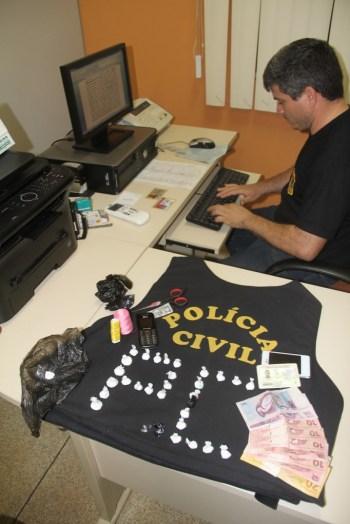 Delegado de Epitaciolândia, Sergio Lopes, fez o flagrante do traficante - Fotos: Alexandre Lima