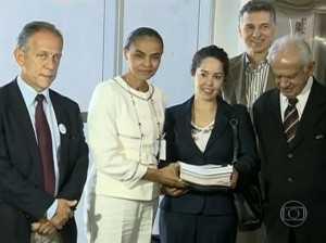 Marina entregou parte das assinaturas ao TSE - Foto: Captura/Globo