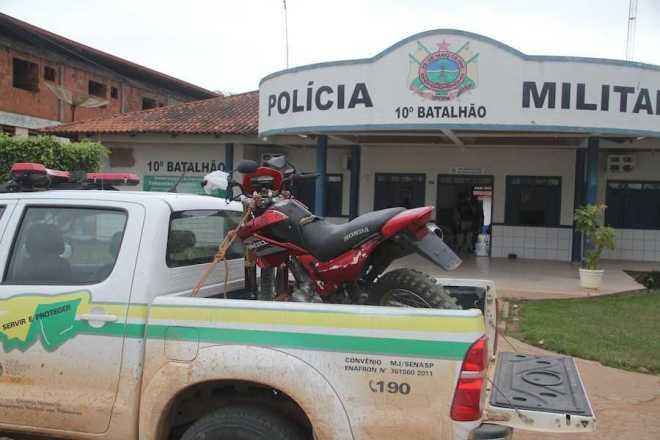 Moto foi conduzida ao pátio do 10º Comando em Brasiléia - Foto: Alexandre Lima