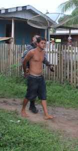 Jovem foi levado para a delegacia de Brasiléia - Foto: Alexandre LIma