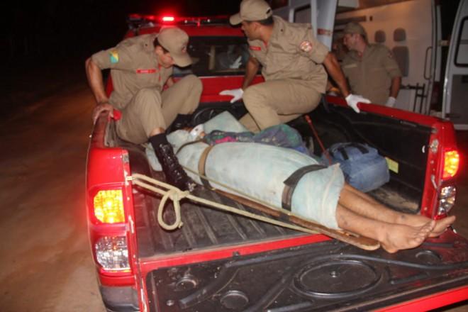 Resgate dos dois jovens acabou tudo bem depois de 6 horas em local isolado - Fotos: Alexandre Lima