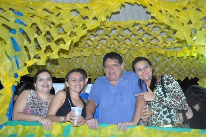 """""""Fiquei surpreso com a alegria e o tanto de pessoas que diziam em Rio Branco que estavam indo para a festa em Brasiléia..."""", disse o deputado federal acreano, Flaviano Melo"""
