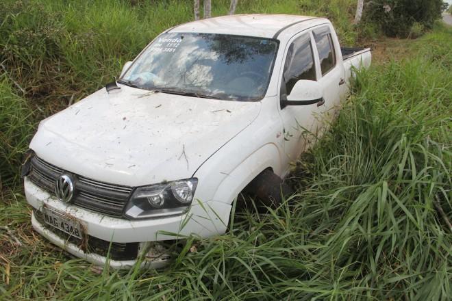 Camionete provavelmente seria negociada no lado boliviano - Foto: Alexandre Lima