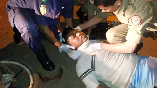 Mateus sofreu um grave acidente após ser lançado quando passou por cima do quebra molas - Foto: Alexandre Lima
