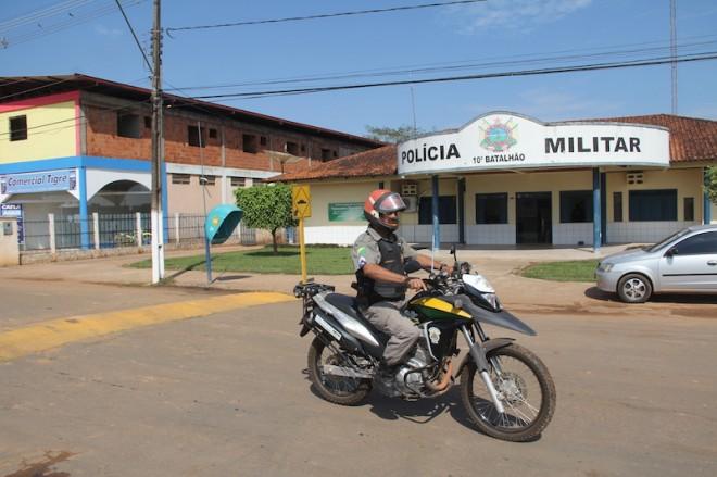 Quebra molas se transformou problemas para qualquer veículo, principalmente motos e caminhões - Foto: Alexandre Lima