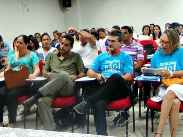 O tema foi debatido em reunião realizada em Cruzeiro do Sul (Foto: Vanísia Nery/ G1)