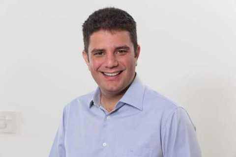 Gladson parabeniza Sebastião e Dilma pela vitória nas