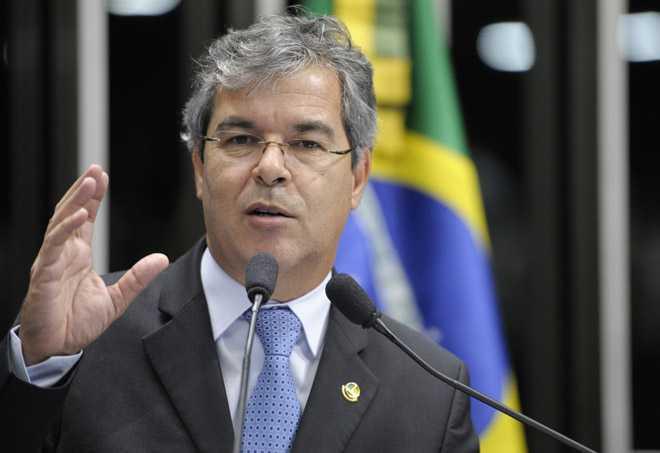 Senador Jorge Viana (PT-AC) destaca instalação da comissão especial que analisará reforma do Código Penal