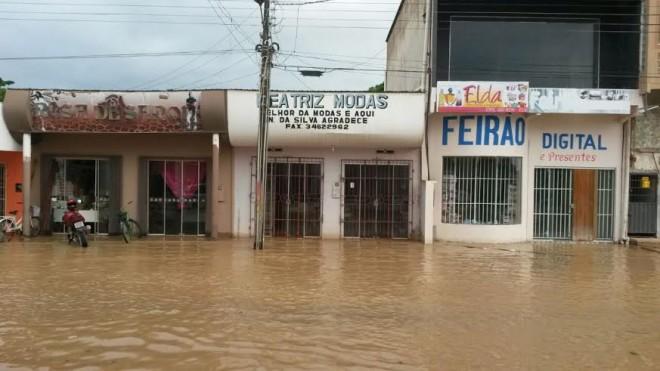 Loja do empresário Samik Furtado foi inundada em poucas horas/Foto: Cedida