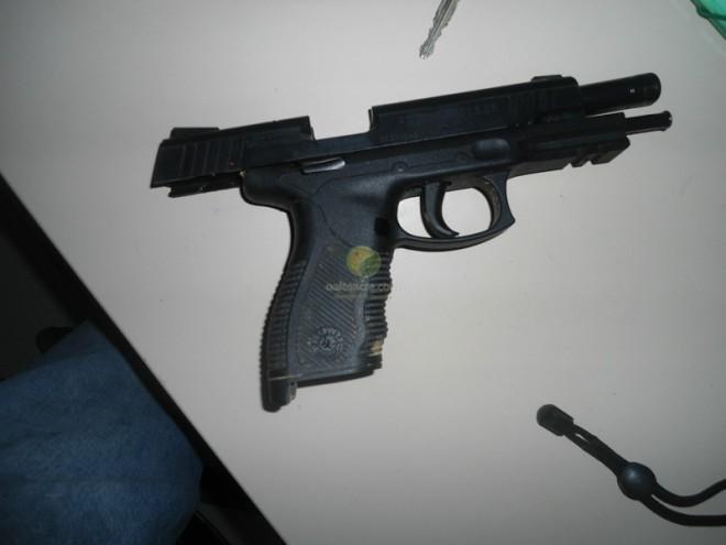 Arma usada pelo tenente do Exercito Brasiléia, Wander D. G. Souza.