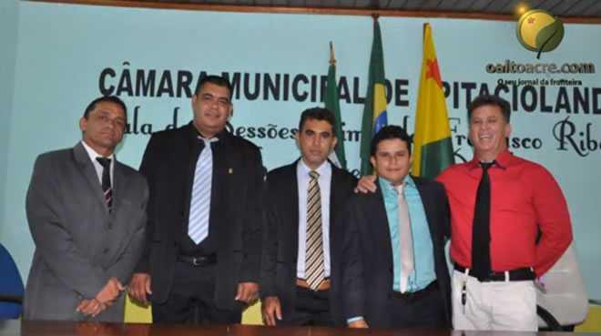 Nova diretoria da Câmara Municipal de Epitaciolândia para o biênio 2015/2016 - Foto/captura