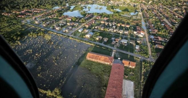 Vista de Trinidad, na região de Beni, na Bolívia. As fortes chuvas na região causaram enchentes em todo o nordeste - Foto: UOL