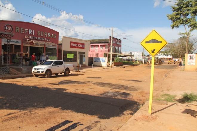 Ruas e Avenidas de Epitaciolândia irão receber quebras molas, além de melhorias - Foto: Alexandre Lima