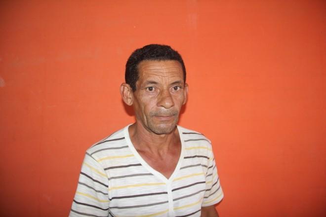 Seu Evandro Gomes teme pela vida de seu filho caso volte ao presídio por estar marcado para morrer po facção - Foto: Alexandre Lima