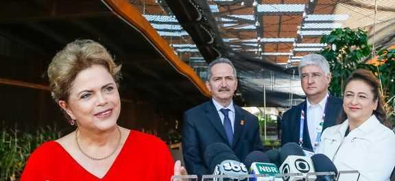 Dilma:  debate  de  opiniões  é  característico  da  democracia  Roberto  Stuckert  Filho/Presidência  da  República