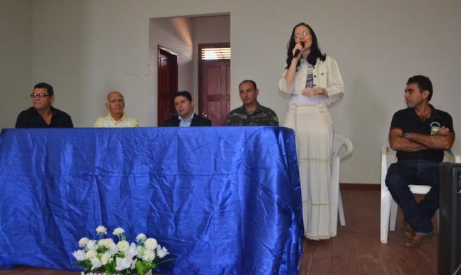 Secretária de Ação Social de Epitaciolândia, Leanne Hassem, agradeceu e destacou a presença de todos no evento - Foto: Rosângela Falceti/Assessoria