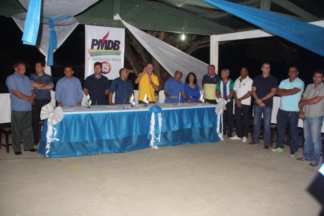 Lideranças do PMDB e convidados durante evento - Foto: Alexandre Lima