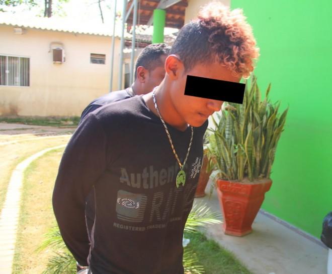 Menor já tem várias passagens pela delegacia além do envolvimento com o tráfico - Foto: Alexandre Lima