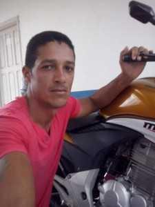 Cláudio Gomes da Silva, de 35 anos,