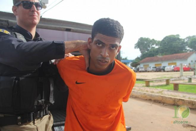 Pablo foram detidos quando iam de ônibus rumo à Rio Branco, capital do Acre - Foto: Alexandre Lima