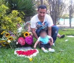 Richard havia perdido a esposa a cerca de um ano na Espanha e tinha um filho - Foto: arquivo familiar
