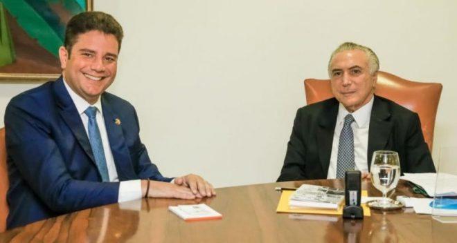 Gladson Cameli durante reunião com o presidente Michel Temer