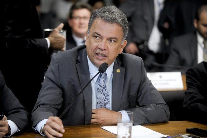 O recurso é proveniente de emendas do senador Sérgio Petecão junto aos ministérios da Saúde e Defesa.