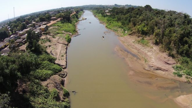 Banco de areia surgiu com a seca do Rio Acre. Imagem nunca registrado antes - Foto: Alexandre Lima
