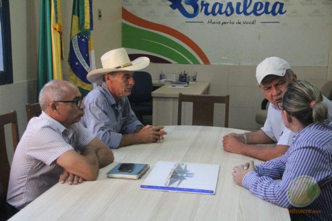 Jorge recebeu senador e teve boas novas de liberação de emenda para o Município - Foto: Alexandre Lima