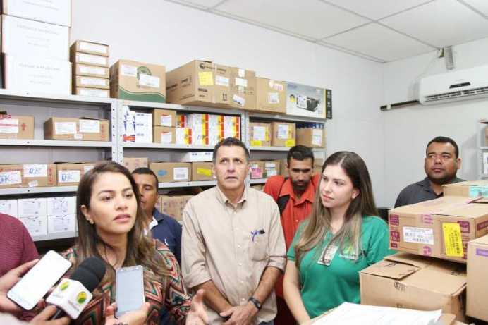farmacia_popular_by_Alexandre_Lima__056_