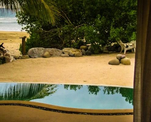 Casa Oasis troncones Beach House Flat master bedroom ocean view