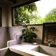 Troncones Tropical treehouse bathroom