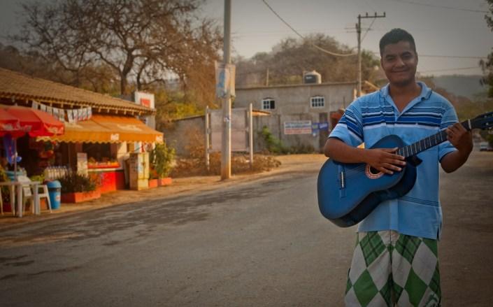 Troncones main street minstrel