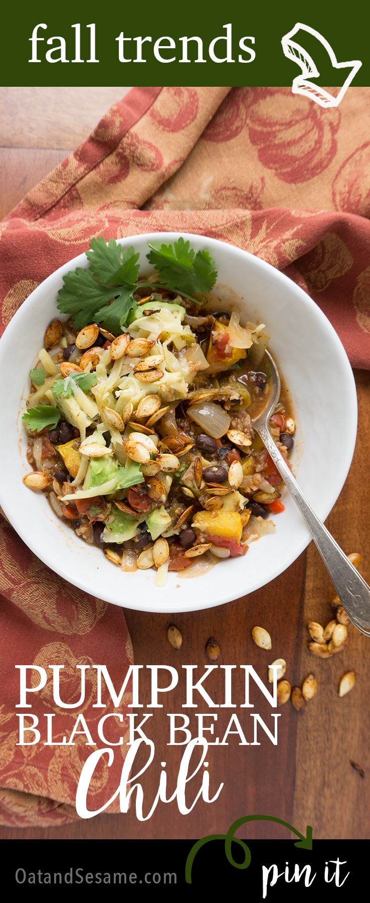 Fall Pumpkin Black Bean Chili - perfect for weeknight meals | #CHILI | #FALL | #DINNER | #Recipes at OatandSesame.com