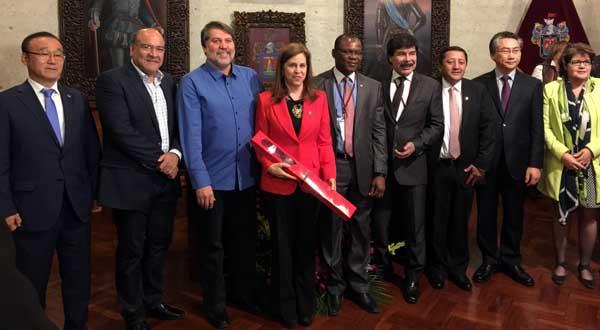 Ratifican Arequipa, Perú y Oaxaca de Juárez acuerdo de hermanamiento